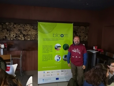 ceiA3 researcher Francisco Egea presents H2020 project BLOOM in the AmBioBlitz Open Days at the University of Almeria